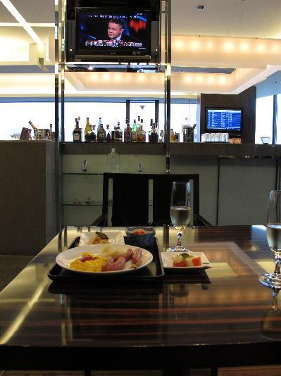 002narita-lounge.jpg